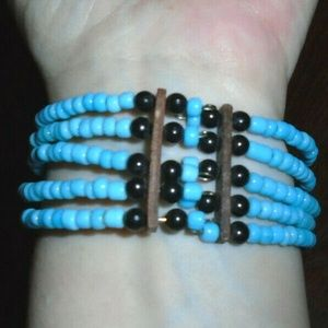 Unbranded Jewelry - Unbranded Blue Beaded Bracelet with Animal Print